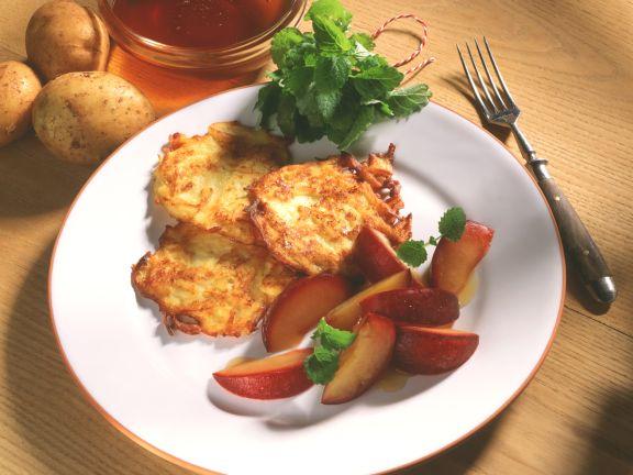 Kartoffel-Rösti mit geschmorten Pflaumen