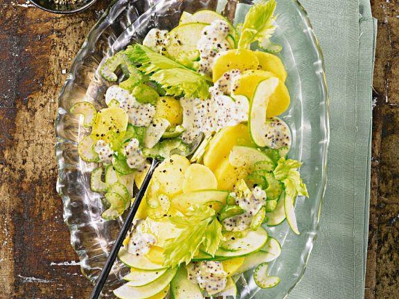 Kartoffel-Selleriesalat mit Äpfeln