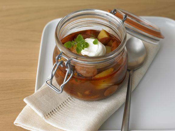 Kartoffel-Wurst-Gulasch nach Wiener Art