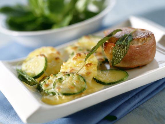 Kartoffel-Zucchini-Gratin mit Schweinemedaillons