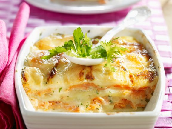 kartoffelgratin mit lachs rezept eat smarter. Black Bedroom Furniture Sets. Home Design Ideas