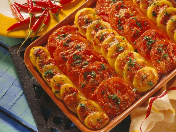 Kartoffelgratin mit Tomaten