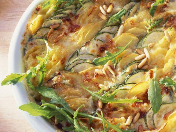 Kartoffelgratin mit Zucchini und Rucola
