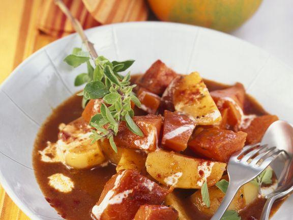 Kartoffelgulasch mit Kürbis und QuimiQ