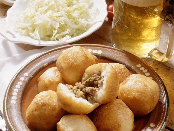 Kartoffelklöße mit Hackfleischfüllung