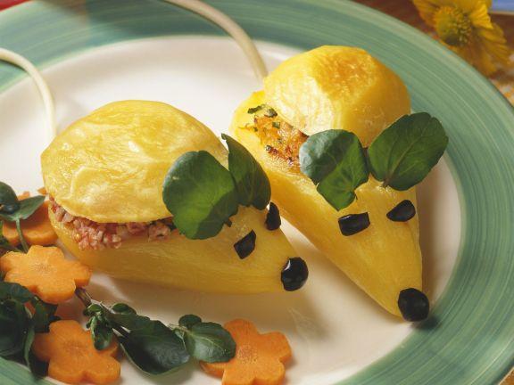 Kartoffelmäuse mit Möhren und Käse gefüllt