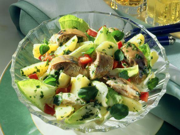 Kartoffelsalat mit Räucherfisch