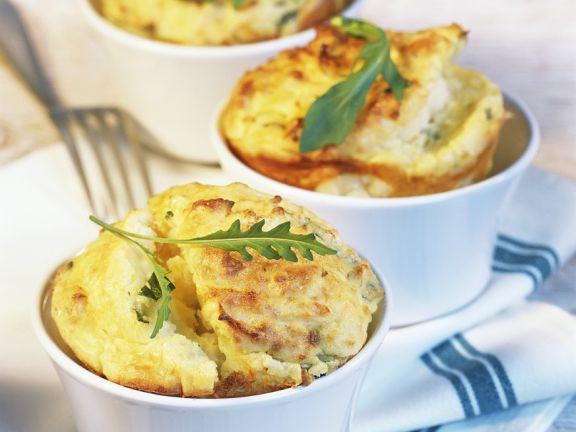 Kartoffelsoufflé mit Rucola
