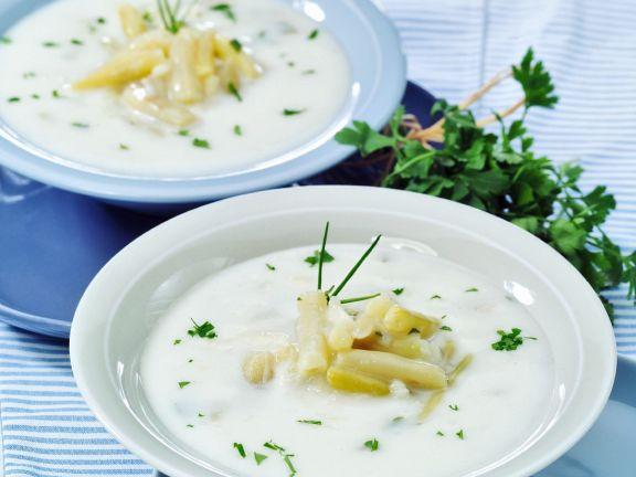 Kartoffelsuppe mit Wachsbohnen