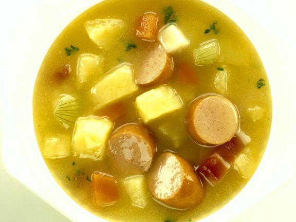 Kartoffelsuppe mit Wienern
