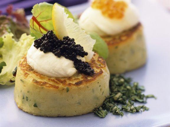 Kartoffeltaler mit Kaviar
