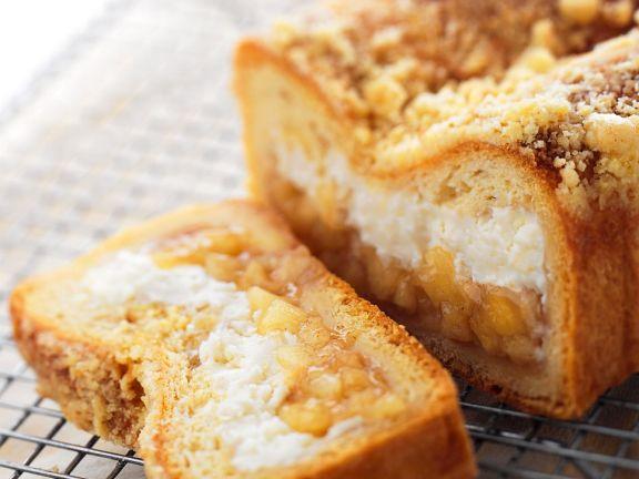 Kastenkuchen mit Apfel-Ricotta-Füllung
