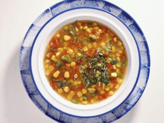 Klare mexikanische Gemüsesuppe
