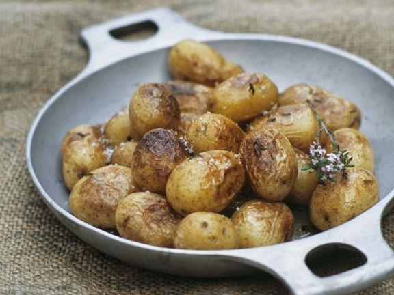 Kleine Bratkartoffeln mit Thymian