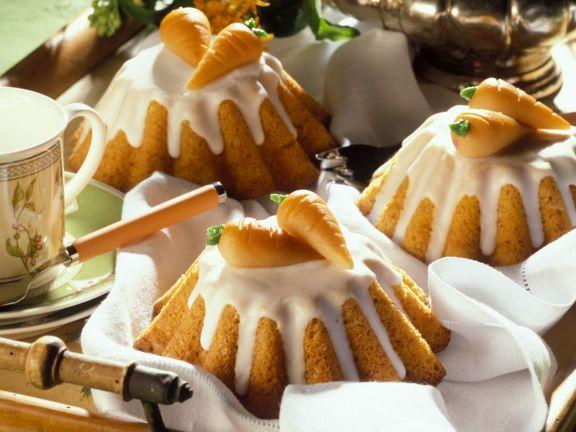 Kleine Nuss-Möhren-Kuchen