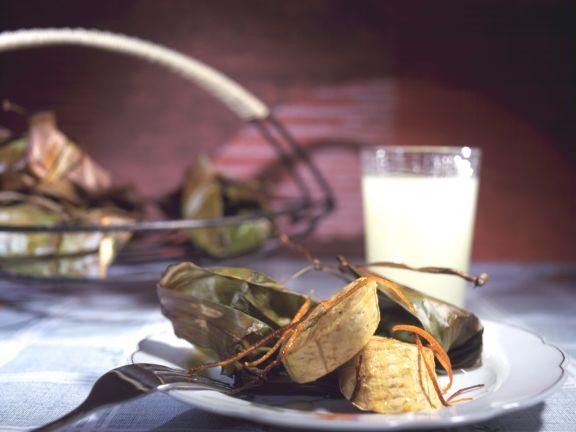 Kochbananenpäckchen aus dem Backofen