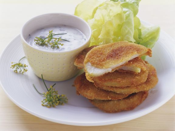 Kohlrabi mit Parmesanhülle und Kräuterjoghurt