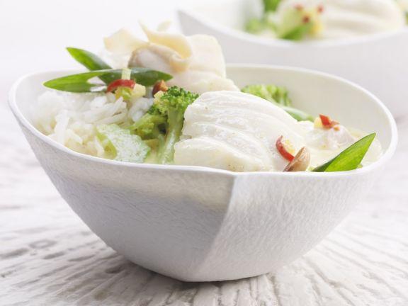 Kokos-Brokkoli-Curry mit Fisch