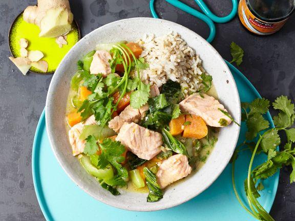 Kokos-Curry mit Lachs und Süßkartoffeln