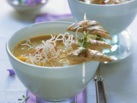 Kokos-Currysuppe mit Hähnchen