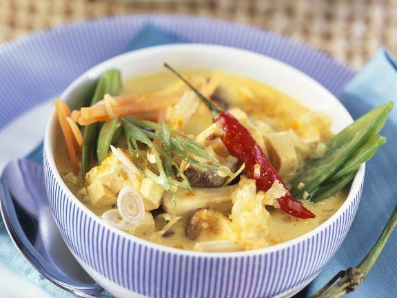 Kokos-Currysuppe mit Lopino