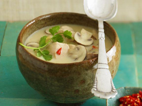 Kokossuppe mit Hähnchen