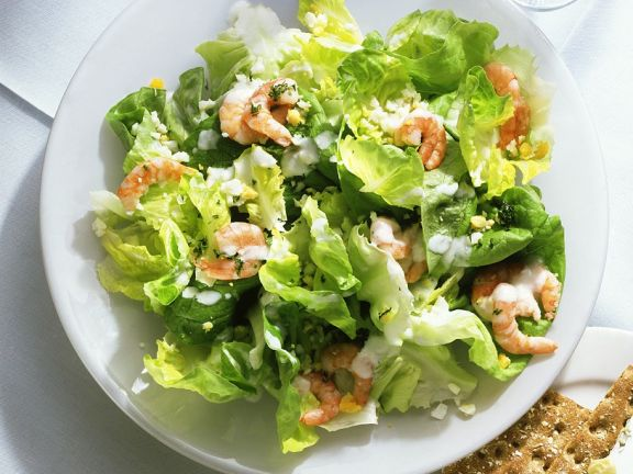 Kopfsalat mit Shrimps