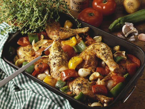 Kräuter-Hähnchenteile mit Gemüse aus dem Ofen
