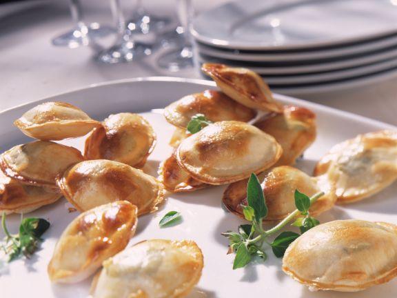 Kräuter-Käse-Törtchen