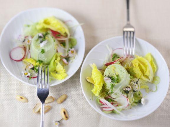 Kräuterflan mit Salat