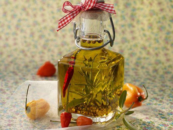 Kräuteröl mit Pfeffer