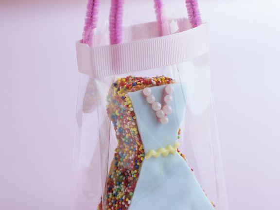 Kuchen in Form eines Kleides