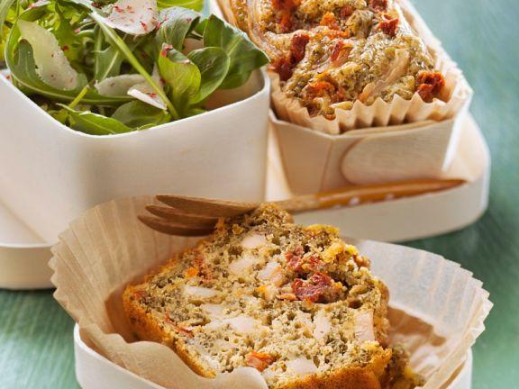 Kuchen mit Hühnchen, Tomaten und Estragon