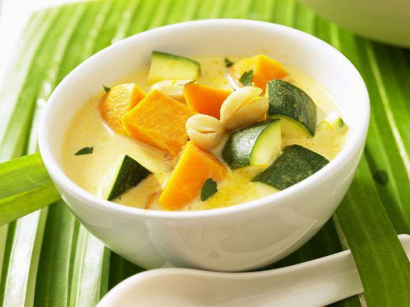 Kürbis-Zucchini-Suppe nach vietnamesischer Art