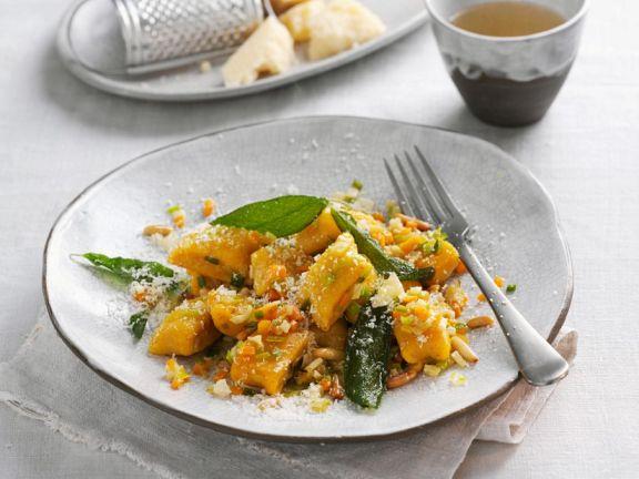 Kürbisklößchen mit Gemüse