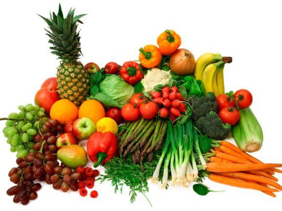 Buntes Obst und Gemüse - Rohkosternährung