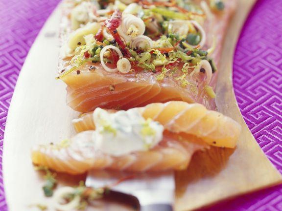 Lachs mit asiatischer Marinade