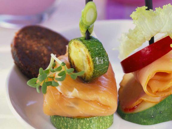 Lachs-Zucchini-Spießchen