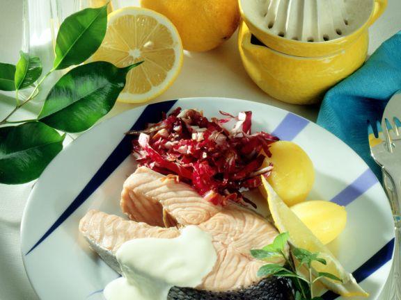 Lachskotelett mit feiner Zitronensauce