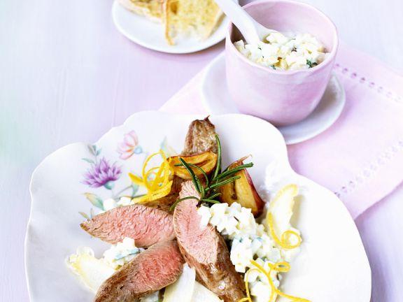 Lamm mit Spargel und Joghurtsauce