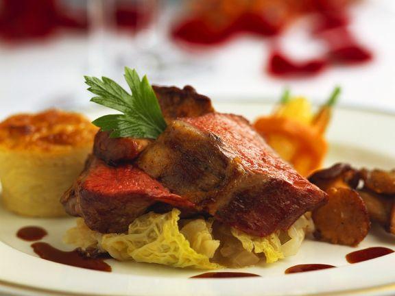 Lamm mit Wirsing und Kartoffelgratin