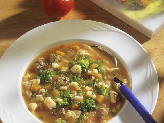 Lammfleisch-Gemüseeintopf mit Spätzle