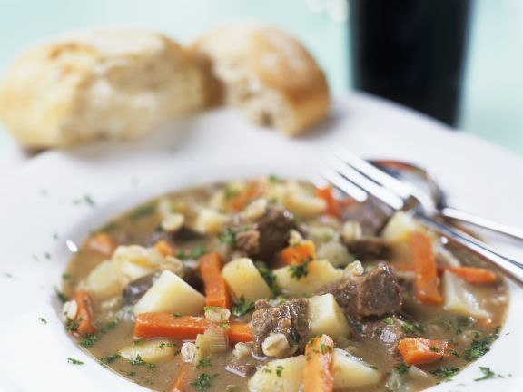 Lammfleisch-Kartoffel-Eintopf (Irish Stew)