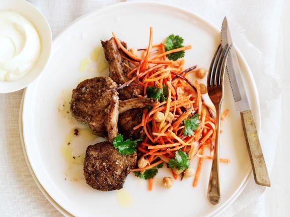 Lammkoteletts mit Möhren-Kichererbsen-Salat