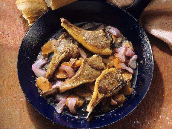 Lammkoteletts mit Rhabarber-Möhrengemüse