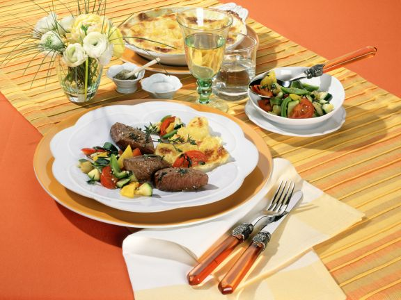 Lammnüsschen mit Ratatouille und Kartoffelgratin