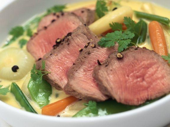 Lammrücken mit Gemüse