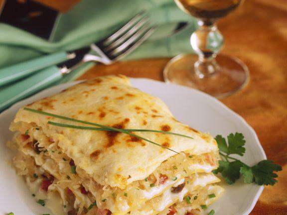 Lasagne mit Sauerkraut und Speck