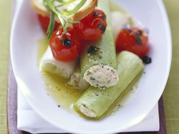 Lauch mit Ricottafüllung und Tomaten