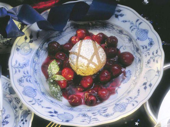 Lebkuchenauflauf mit Kirschen